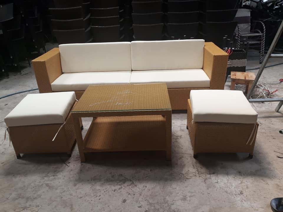 sofa giá rẻ - mà vàng
