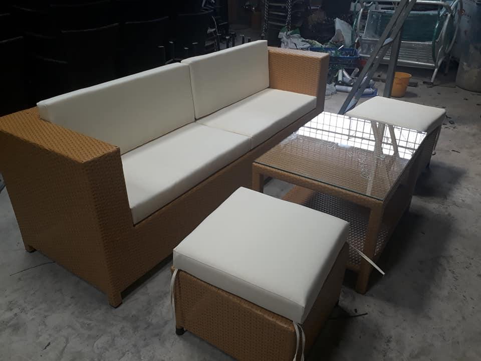 sofa màu vàng sữa